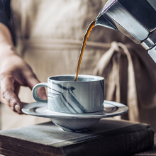 MUZITY набор керамических кофейных чашек специальный Мраморный дизайн фарфоровая чайная чашка и блюдце с нержавеющей сталью 304 Золотая ложка