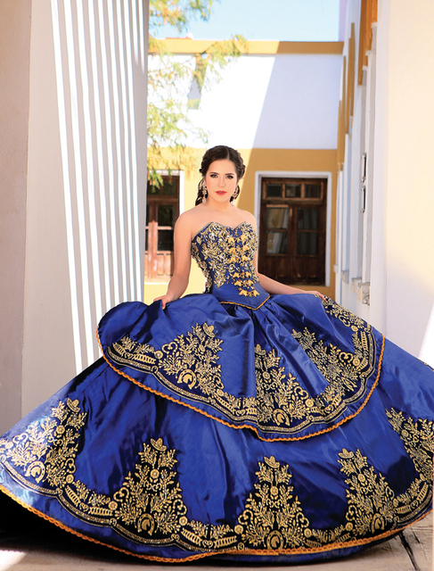 2017 Royal Blue Ball Gown Embroidery Crystals Quinceanera Dresses