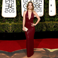 2019 Olivia Wilde Sexy Celebrity Dress 73rd Golden Globe Awards Red Carpet Evening Gown Deep V Neck Sequined Burgundy Prom Dress