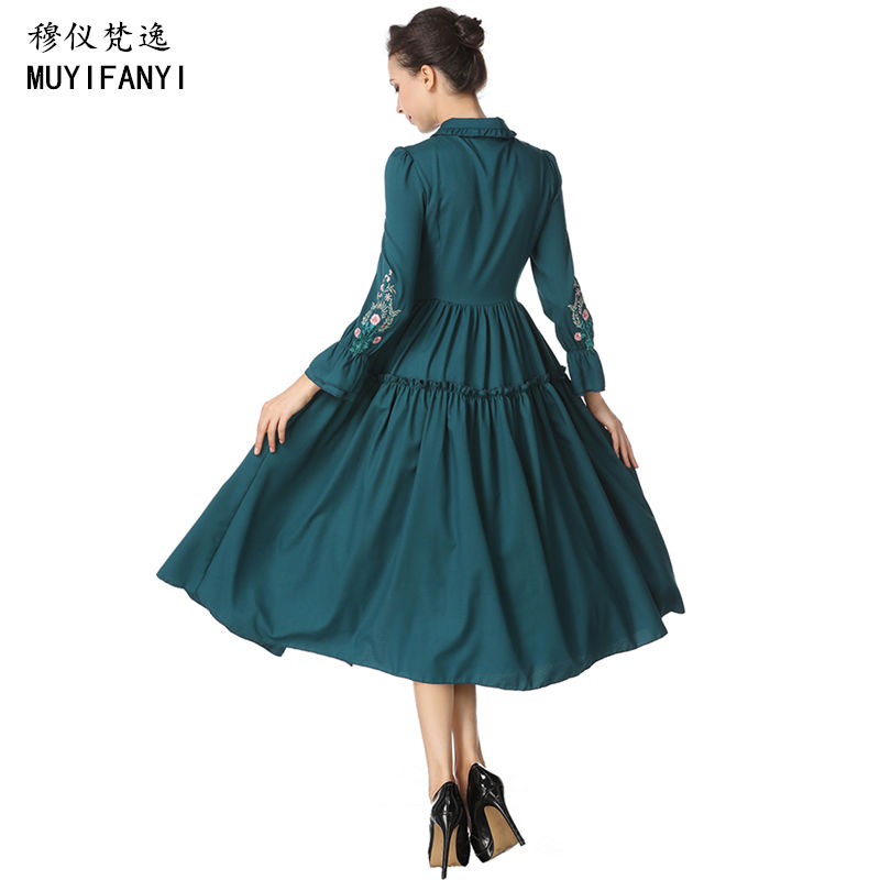 2018 Muslim Style Elegant Ladies Vintage Embroidery Long Dress Gown Womens  Green Retro Party Dress Robe Longue Vestidos-in Dresses from Women s  Clothing on ... 8a72aa1152a8