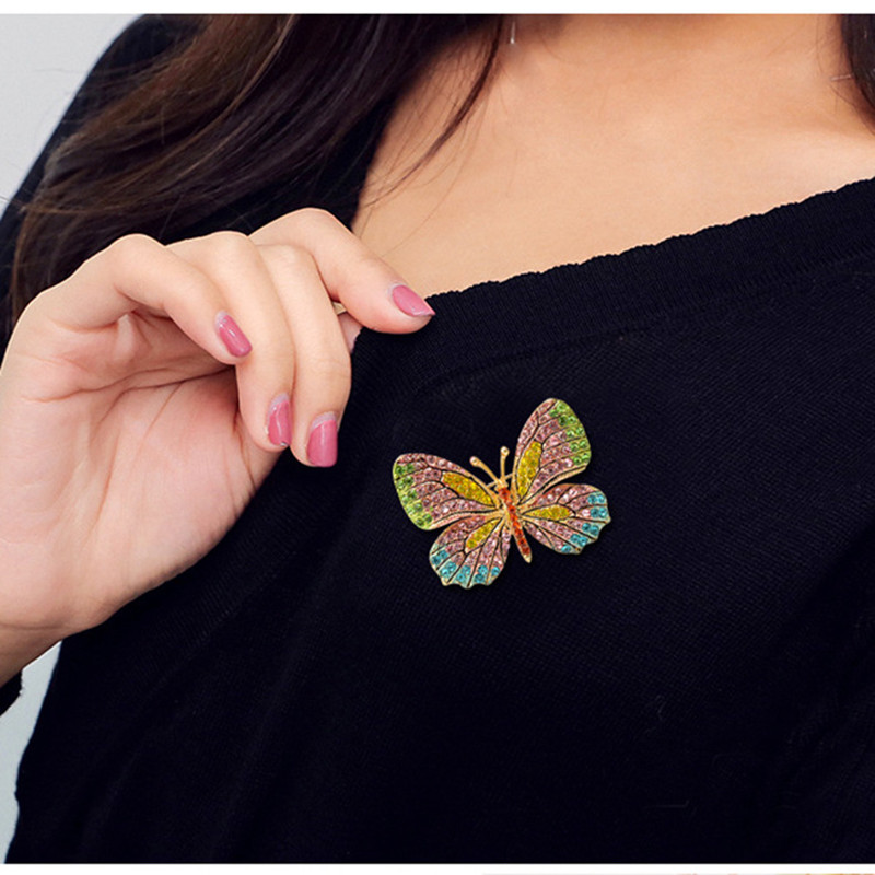 MZC 2018 Fashion Colorful Butterfly Brooch Wedding Crystal Rhinestone - მოდის სამკაულები - ფოტო 3