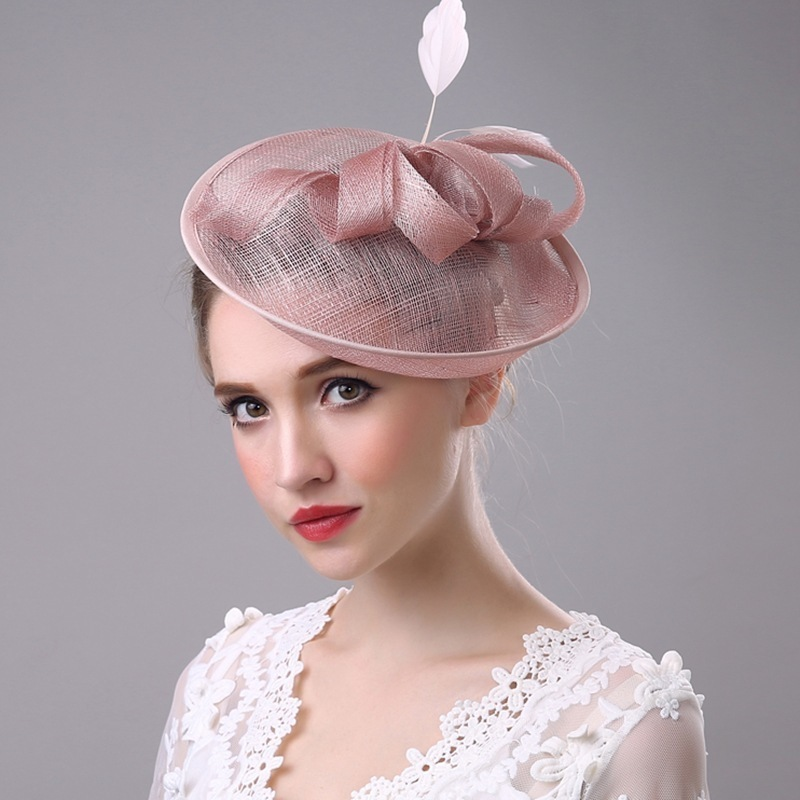 100% Handgemachte Bogen Feder Headwear Hochzeit Vintage Pillbox Hut Mit Schleier Lepoard Bowknot Gaze Patchwork Fedora Frau Fühlte Kappe