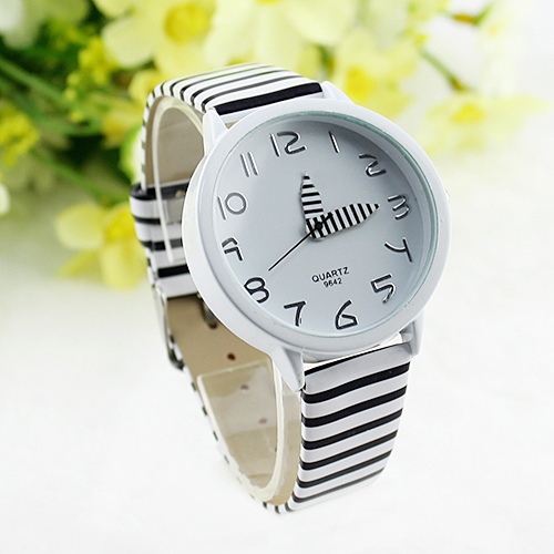 Women Stripes Strap Watches New 2017 Color Round Case Casual Wrist Watch Watches New Design 5DHF 6YNC