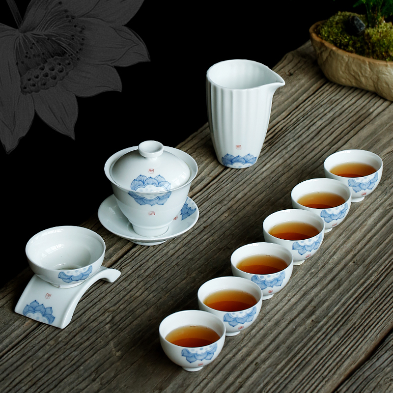 PINNY Hand Painted Lotus Kung Fu Tea Sets Jingdezhen White Porcelain Drinkware Traditional Chinese Tea Ceremony DecorationsPINNY Hand Painted Lotus Kung Fu Tea Sets Jingdezhen White Porcelain Drinkware Traditional Chinese Tea Ceremony Decorations