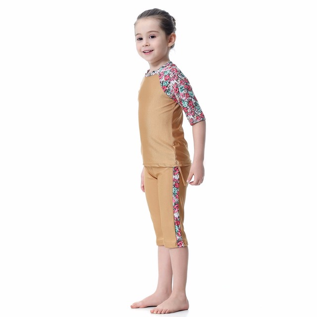 Free Shipping New Muslim Swimwear Two-Piece Baby Girls Islamic Swimming Suits Kids CIslamic Swimsuit Child Bather Suit With Caps