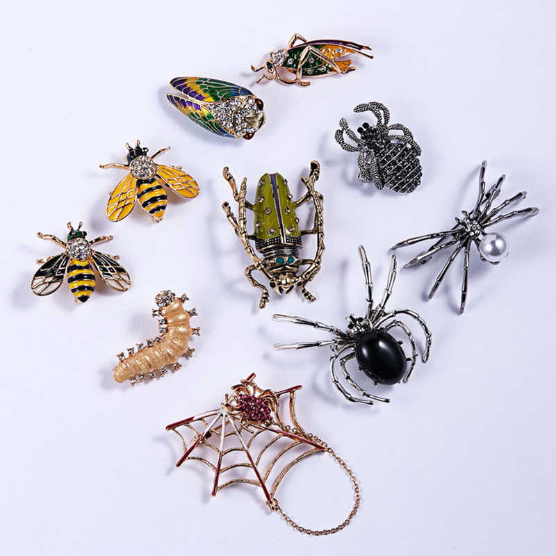 Spider Brooch Pin  Gift Bee  Men  Crystal cute  Fashion  Women  Animal  lovely and charming Pearl Insect  Pin   Brooch  Jewelry