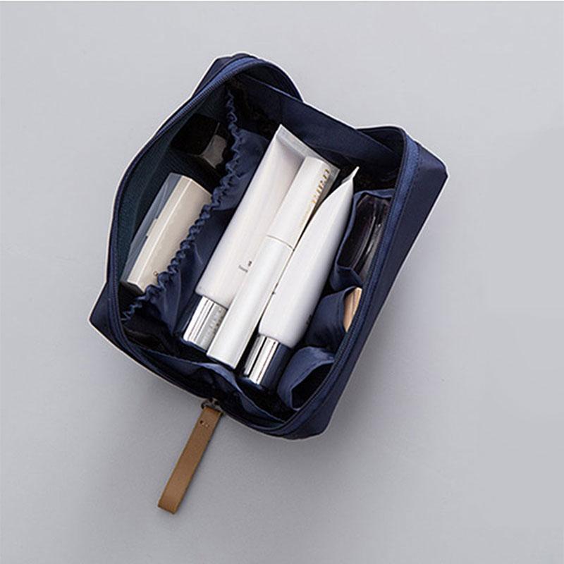Hilfreich Heißer Verkauf Mode Nylon Kosmetik Tasche Kleine Frauen Make-up Organizer Tasche Wasserdichte Lagerung Travel Tragbare Neceser Mini Tasche Und Verdauung Hilft