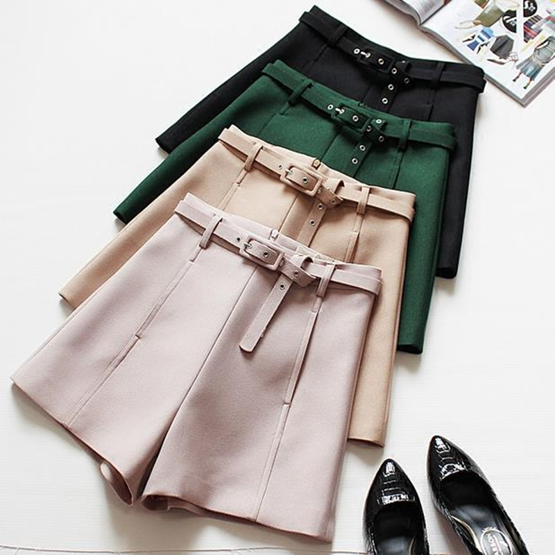 On Sale Women Casual Shorts High Waist Fashion Solid Slim Fitting Shorts With Belt High Quality