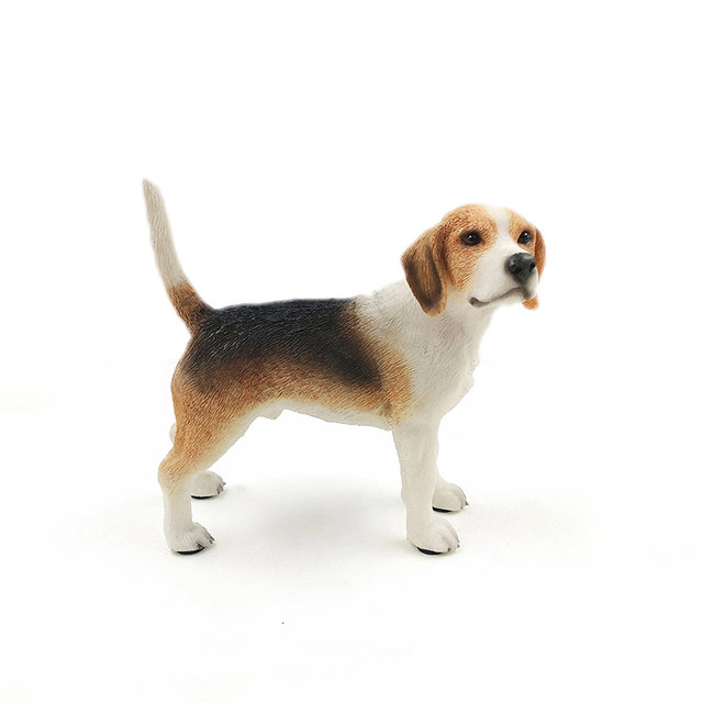 Gentil Beagle Hound Dog Standing Canine Pedigree Cute Puppy Statue