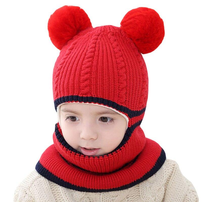Invierno cálido bebé sombrero y la bufanda con pompón de invierno de los  niños Pom sombrero para el bebé niños niñas gorro pasamontañas niños  sombreros ... 5d056bed2f2