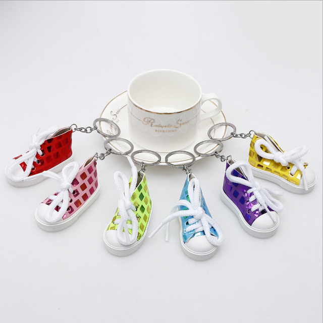 100pcs Lot 7CM Paillette Printing Sneaker Shoes keychain Sports Shoes  Keyring Doll Shoe Key Ring Cute Gifts Shoe Keychains 49c6ab63aed8
