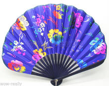 Chinese Bamboo Folding Blue Silk HAND FAN with Flowers Wedding Party Gift(China)