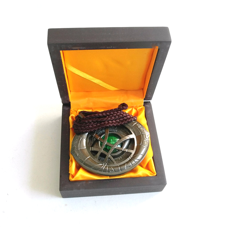 Docteur collier étrange forme d'oeil Antique pendentif en Bronze brillant dans un collier foncé avec boîte à la main accessoire de Costume Cosplay
