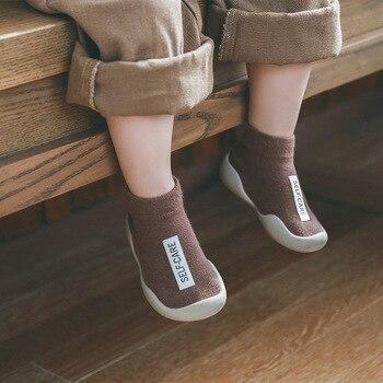 Bebê meias sapatos com sola de borracha infantil meia recém-nascido primavera verão outono crianças piso meias sapatos anti deslizamento sola macia meia