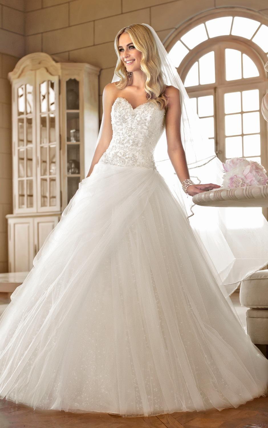 Ball Gown Wedding Dress Elaborately Diamante Beading Sweetheart Neckline Bodice Drop Waist Tulle Skirt Bridal Court Train In Dresses From