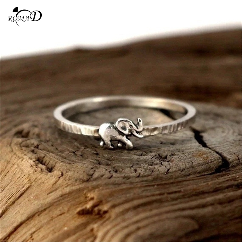 Auspicious elephant Decor Silver Ring Vintage Animal Rings for Women Cute Elephant Rings for Lovers Wedding Gift A40 in Engagement Rings from Jewelry Accessories