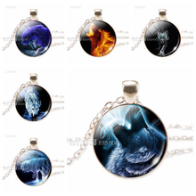 Charm Howling Wolf Necklace Glass Round Silver Chain Jewelry Man Women Fashion Accessories Friend Gift