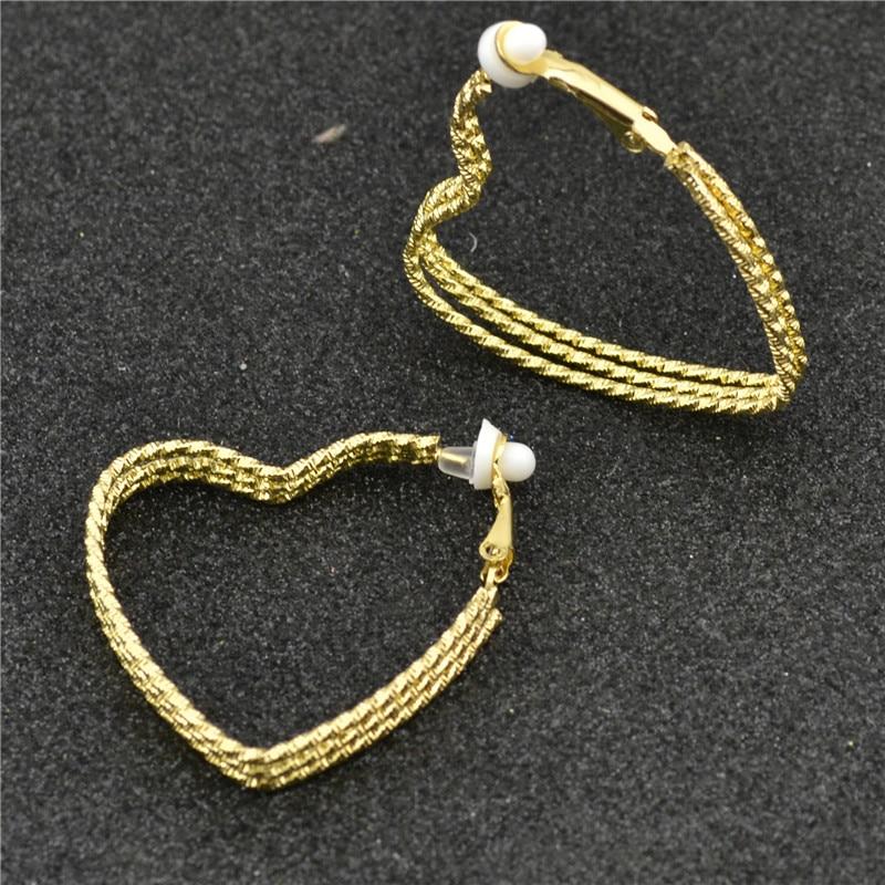 Örhänge utan piercing Örhängen för kvinnor grossist Mode Smycken kvinnliga guld silver Tre hjärtformar Ungdom student flicka