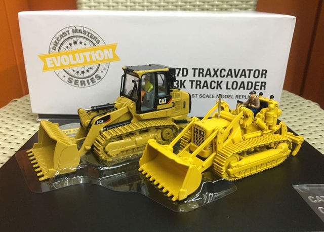 US $157 17 7% OFF|Evolution Cat 977D Traxcavator + 963K Track Loader 1:50  Diecast Masters DM85559-in Diecasts & Toy Vehicles from Toys & Hobbies on