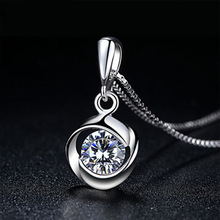 Rotating Love Crystal Pendant Necklace Female Fashion Jewelry First Sight Silver Round Shape Pendant Necklace Wholesale first sight