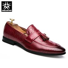 b96df8c6d5b0a Nueva Marca hombres de cuero mocasines moda Oxfords lujo cocodrilo patrón  hombre Slip-en los zapatos de conducción ocasionales t.