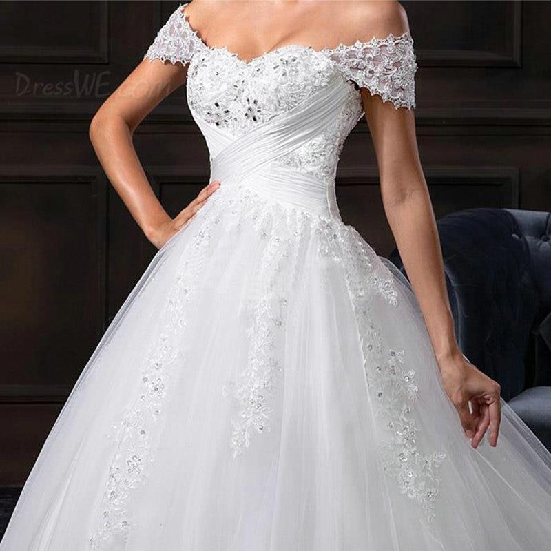 Princess Ball Gown Wedding Dresses Cap Sleeve Appliqued Lace Bridal Gowns  White Lace Wedding Gowns Vestido Novia Playa-in Wedding Dresses from  Weddings ... c670f74d576e