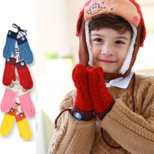 Children's Winter Gloves Covered Fingers Mittens Girls Boys Kids Winter Thick Warm Lanyard Gloves Snowman Design knitted Glove