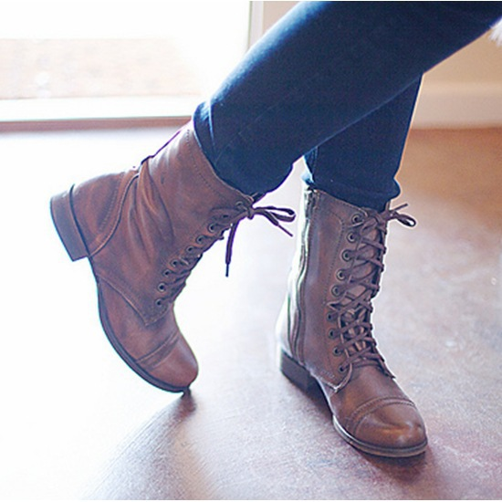 Rivet Leather Ladies Ankle Boots Winter Velvet Round Toe Short Plush Zip Buckle Western Boots
