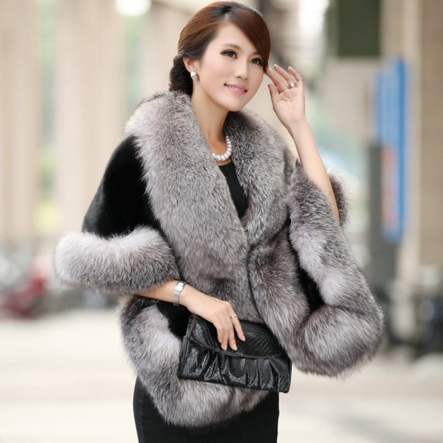 Winter Ladies Warm Faux Fur Capes Fox Fur Formal Court Outwear Winter Short Scarf Women Black Color Casual Coat Free Size