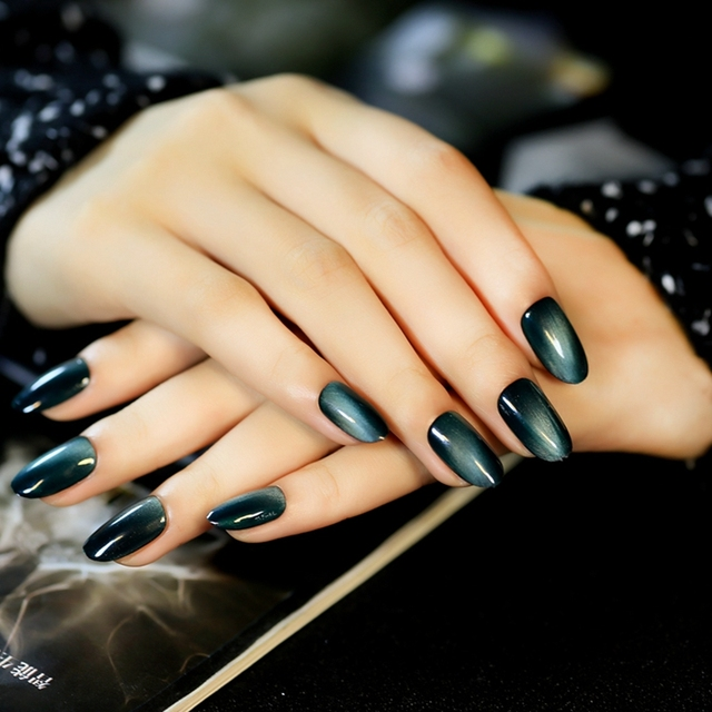 oval top pre designed k nstliche n gel schwarz farbverlauf blau gr n cat eye design acryl n gel. Black Bedroom Furniture Sets. Home Design Ideas