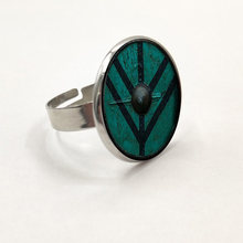 New arrived the Vikings Ring The shield of Lagertha Ring jewelry Cothic Glass Cabochon Ring amulet Gifts(China)