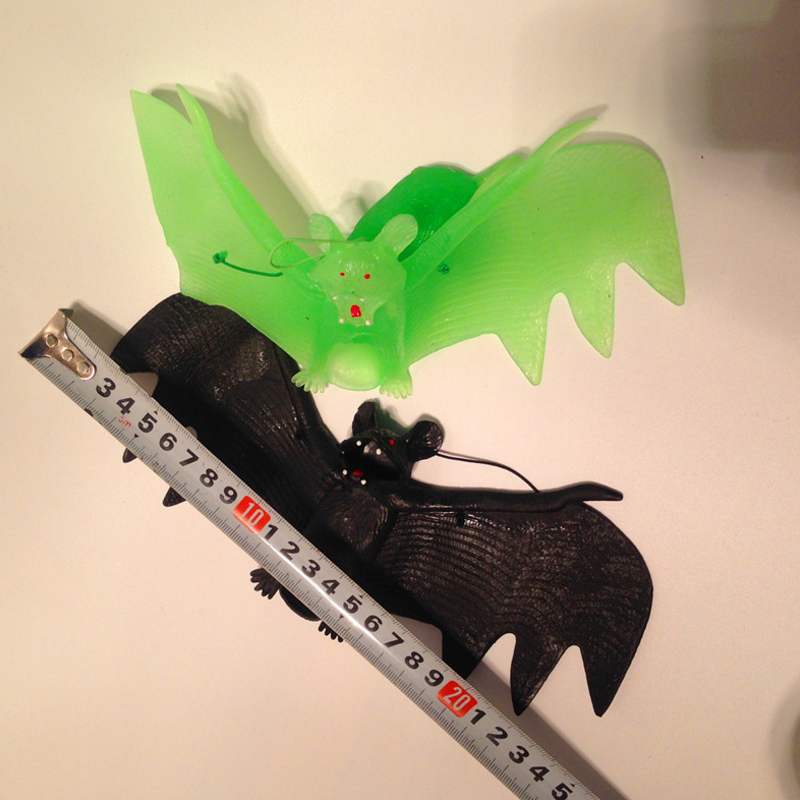 1 pcs funny 23CM TPR Spooky Animals Halloween Fake Bats novelty scary Toys Childrens Gifts Party Decorations