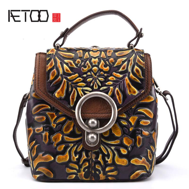 AETOO backpack retro leather shoulder bag diagonal cross-stole the first layer of leather embrossed rub color printing small bag original hand made retro shoulder bag new vertical section of the small backpack head layer of leather sculpture leather casual