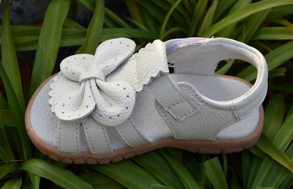 2016 nuevas sandalias de las muchachas del cuero genuino zapatos - Zapatos de niños - foto 5