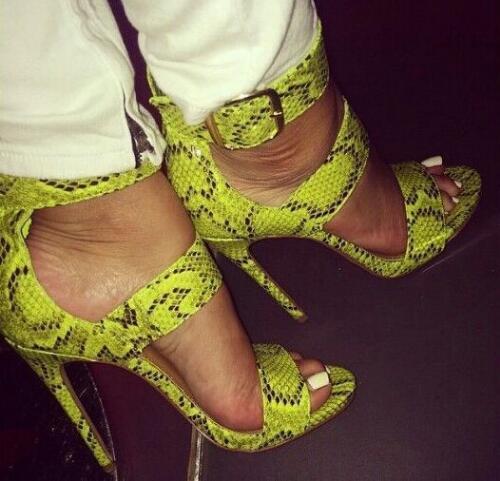 Grande boucle Python imprimé Sexy femmes sandales talons hauts Stiletto bout ouvert femmes pompes d'été dames fête chaussures femme grande taille 42