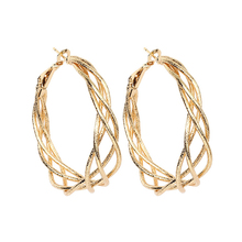 SUKI European American Fashion Personality Oversize Large Circle Earrings Plated Gold Silver Cold Wind Wave Big Hoop earrings недорого