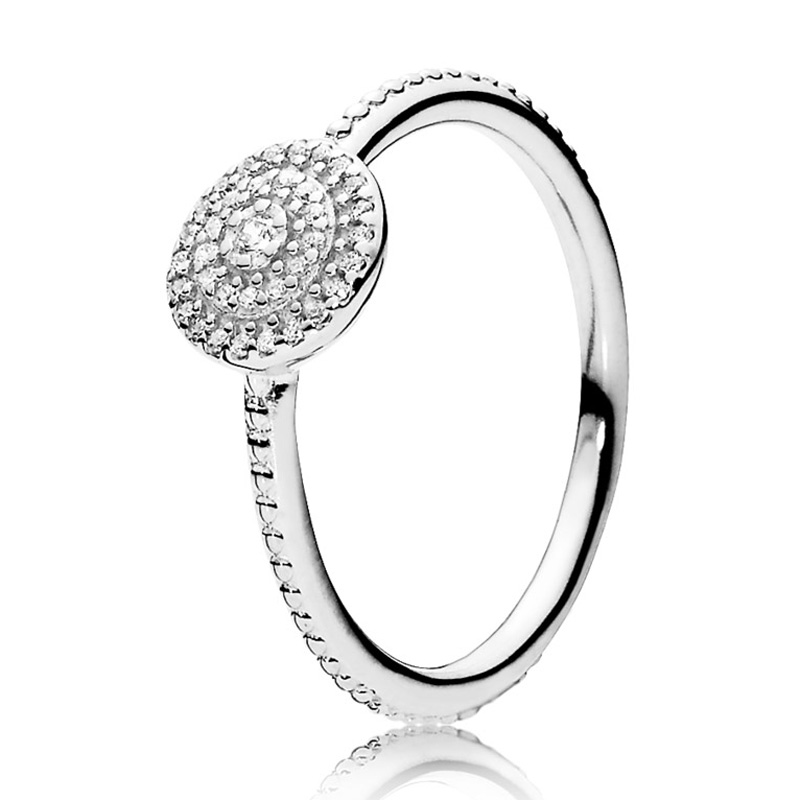 New Silver Plated Ring Radiant Elegance Feature With Crystal Rings For Women Wedding Party Gift Fine Jewelry