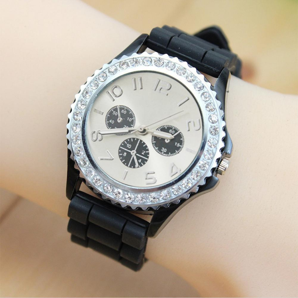 Innovation Unique Beauty Silicone Geneva Jewelry Watch Accessories Candy Color Diamond Table Women Dress Quartz