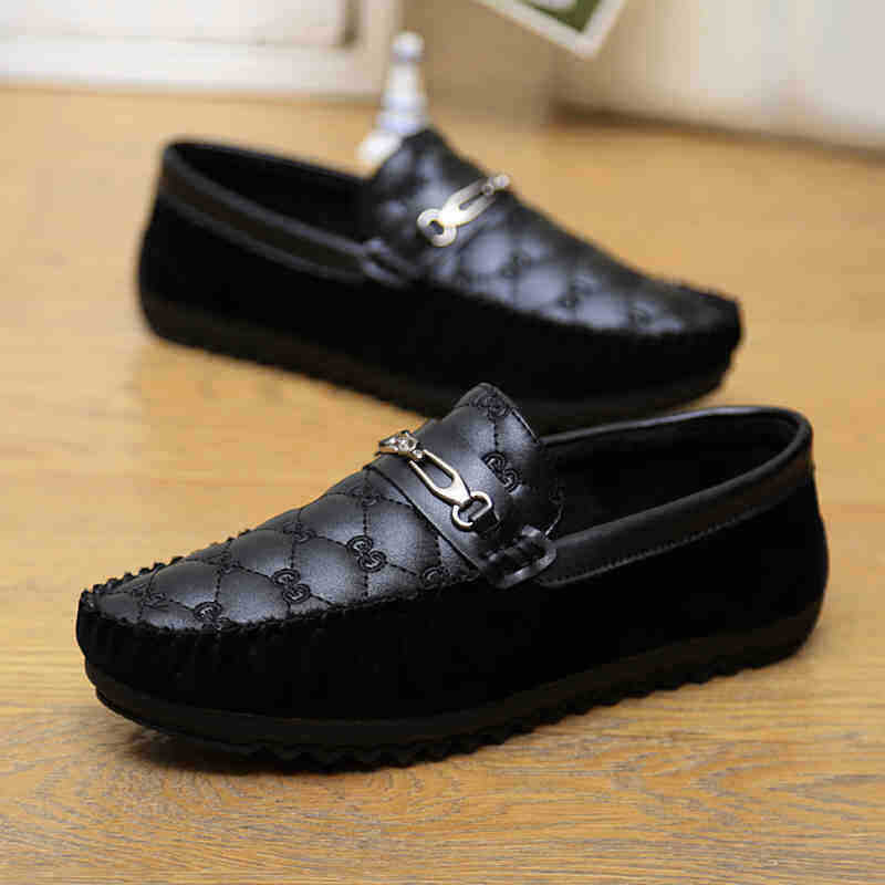 125c16dd114 new style fashion cheap men casual shoes mans loafer shoes Black shining  patent leather shoes men flat shoes made in China-in Women s Flats from  Shoes on ...