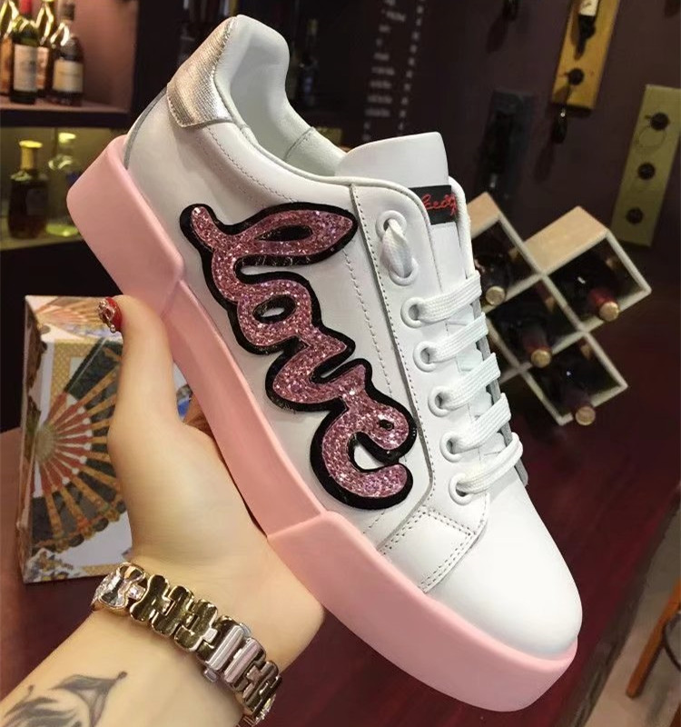 Glitter Love Decor Women Tennis Shoes Lace-up Fashion Sneakers Plus Size Genuine Leather Handmade Ladies Casual ShoesGlitter Love Decor Women Tennis Shoes Lace-up Fashion Sneakers Plus Size Genuine Leather Handmade Ladies Casual Shoes