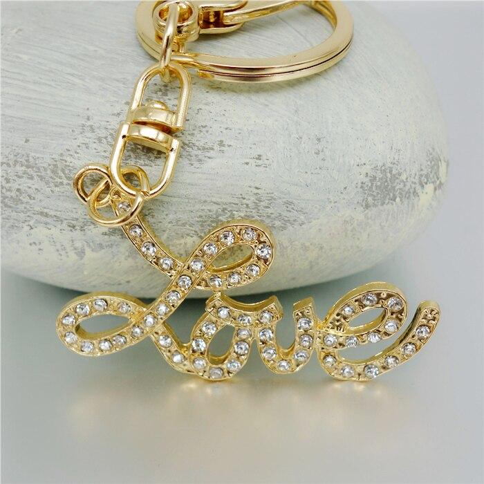 LLavero de regalo con letras de amor y diamantes de imitación de joyería adojewlo para chicas bolso Chram llavero al por mayor Romántico forma de corazón miniatura de cristal personalizado artesanías de cristal regalos de amor DIY accesorios de decoración del hogar