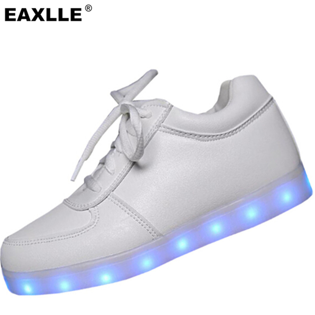 2016 Brand Luminous Shoes Flashglight Women Fashion Light Up Zapatos Mujer Casual Shoes 7 Colors Outdoor Women Flat Shoes