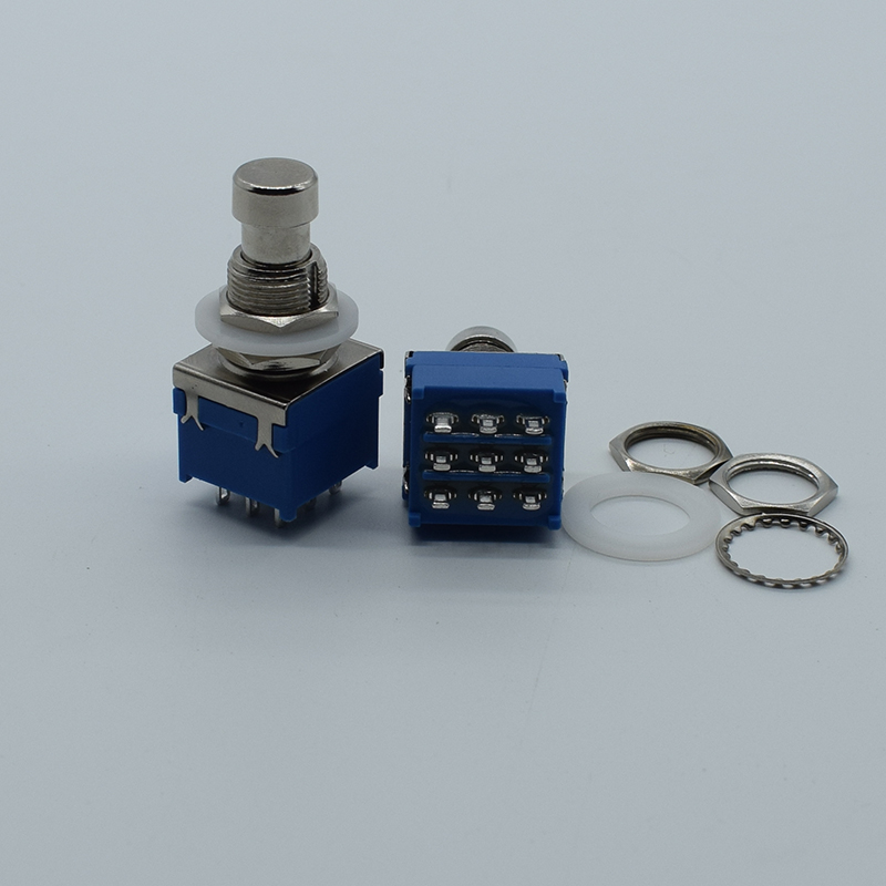 все цены на 1pcs Push Self-locking Button Switch Green/Red Colors Electric Switch for DIY Model Making онлайн