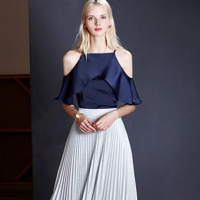 c21d1fee21 2017 verano Mujer blusa camisa Casual azul rayado camisa hombro fuera  volantes mujeres Tops Sexy media