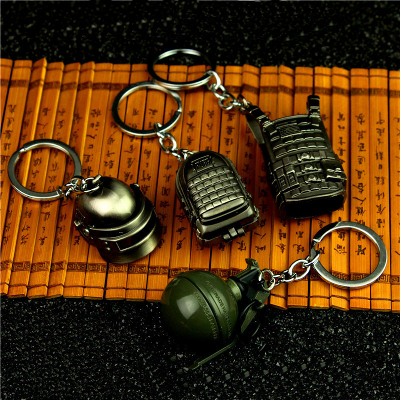 PUBG mini Helmet Level 3 backpack Game Playerunknown's Battlegrounds Keychain Weapon Model Keyring zinc alloy
