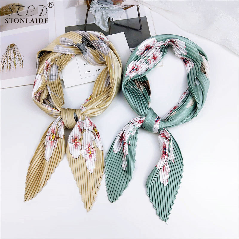 New Design printed Good quality pleated scarfs for ladies Color block panel small square towel Neck scarf Neckerchief Foulard