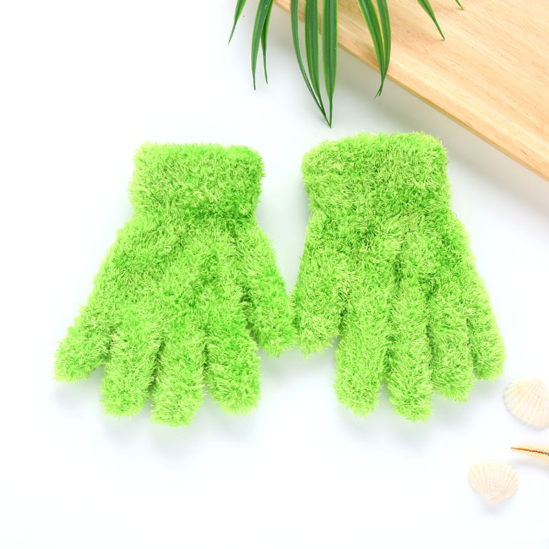 Плюшевые перчатки детские подарки детский сад Зимние удобные мягкие разноцветные - Цвет: green