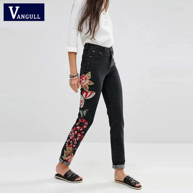 Women spring and autumn trousers Ethnic fertilizer embroidered flowers ladies jeans 2017 pants Straight casual pant vestidos