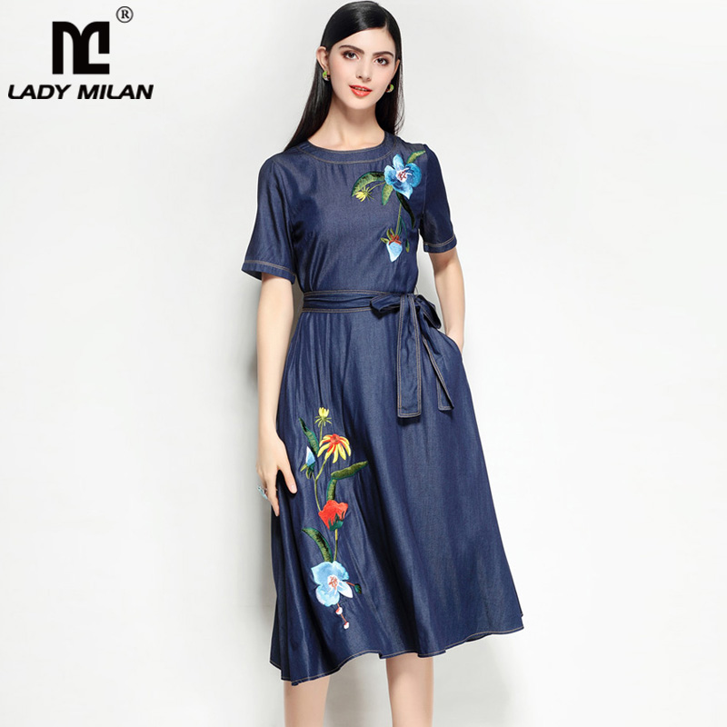 New Arrival 2018 Womens O Neck Short Sleeves Embroidery Flowers Side Pockets Sash Belt Fashion Designer Denim Dresses