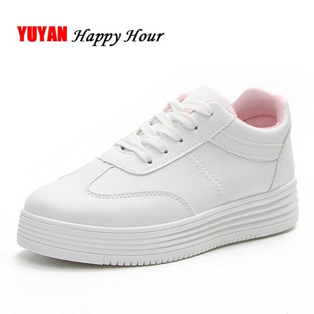 94914c64281 Nieuwe 2019 Lente Mode Sneakers Vrouwen Platte Platform Witte Schoenen  Dames Merk Sneakers Zachte Dikke Zool